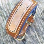 collier lévrier en cuir et prénom