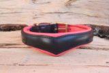 Coeur bombé noir et rose corail