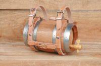 Système universel d'attache en cuir pour tonneau